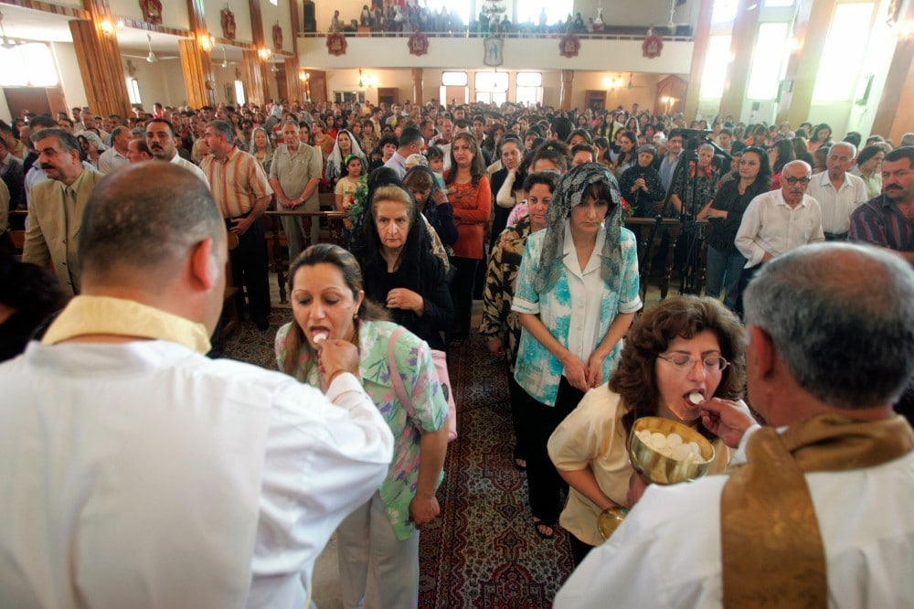 Iraki katolikusok áldoznak
